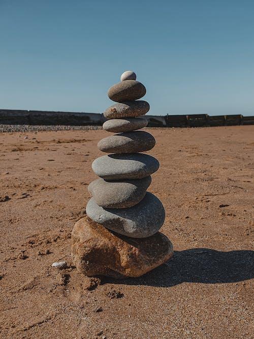 Foto profissional grátis de amontoado, areia, balança