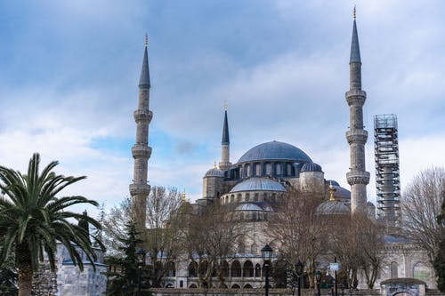 A Scenic View of the Sultan Ahmed Mosque in Istanbul