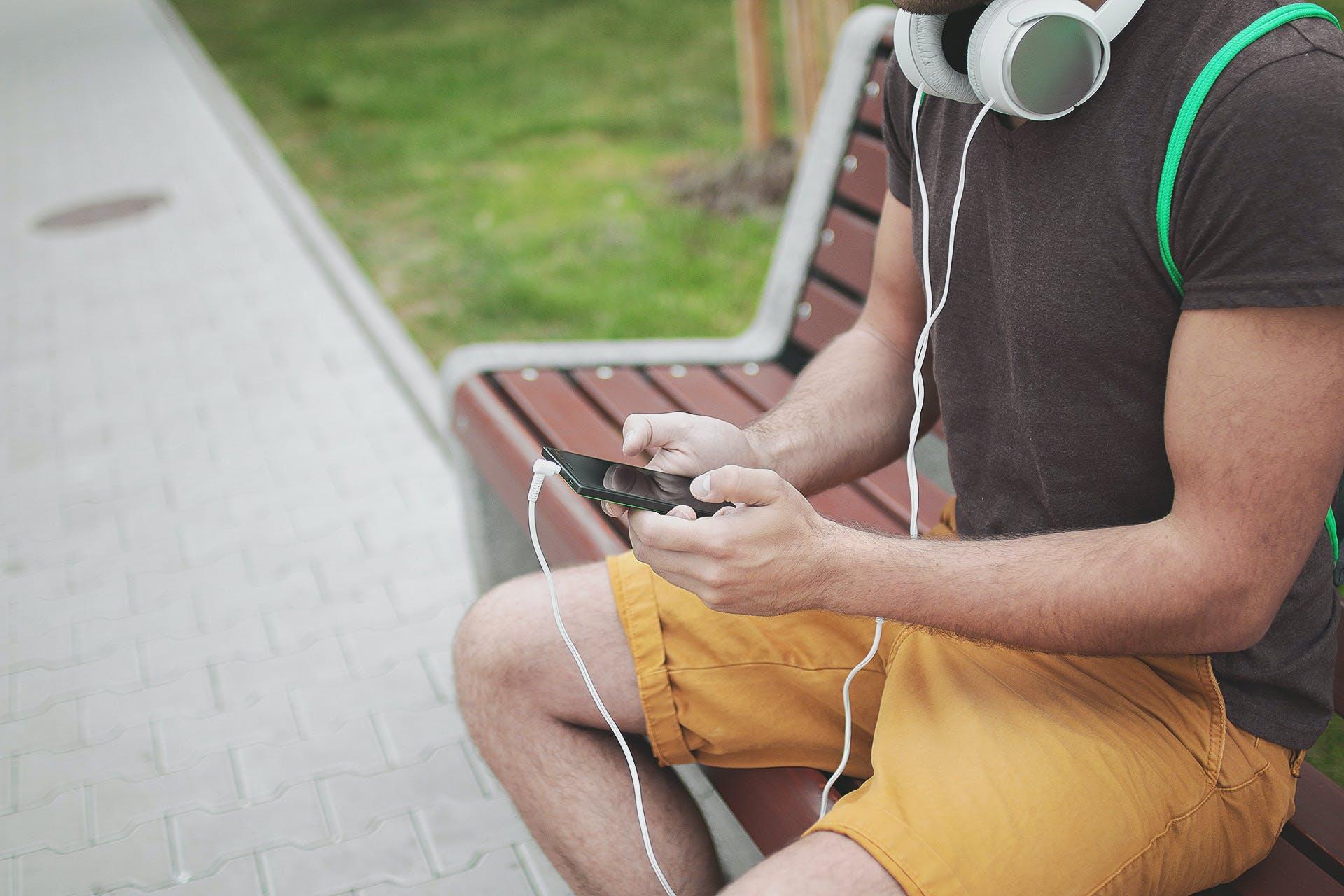 イヤホン, スマートフォン, タッチ, タッチスクリーンの無料の写真素材