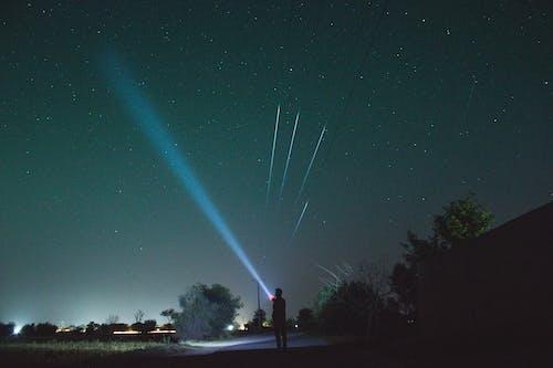 Immagine gratuita di astronomia, bel cielo, cometa