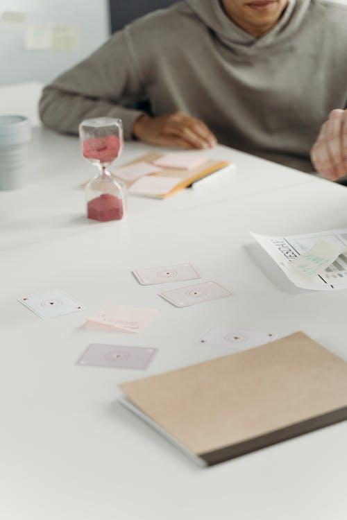 Imagine de stoc gratuită din carduri, cărți de joc, clepsidră
