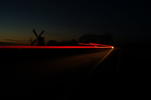 Бесплатное стоковое фото с автомобильные огни, автомобильные фары, ветряная мельница, длинная экспозиция