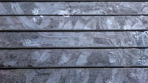 Kostnadsfri bild av träbro, vinter