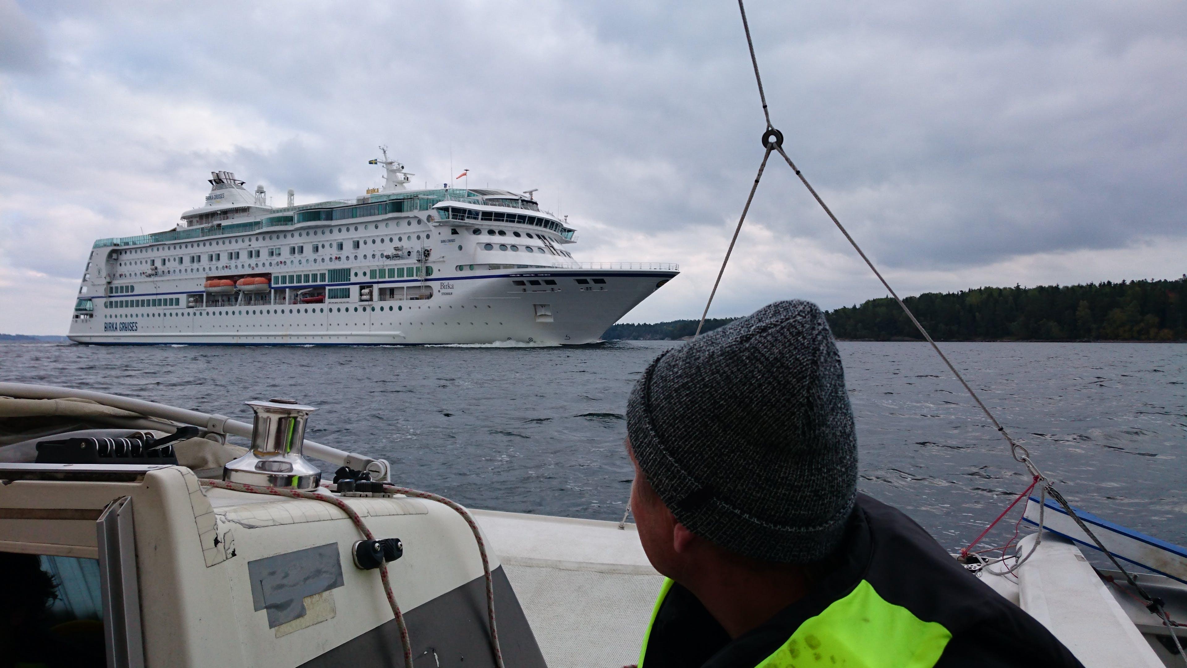 Free stock photo of cruise ship, sailboat