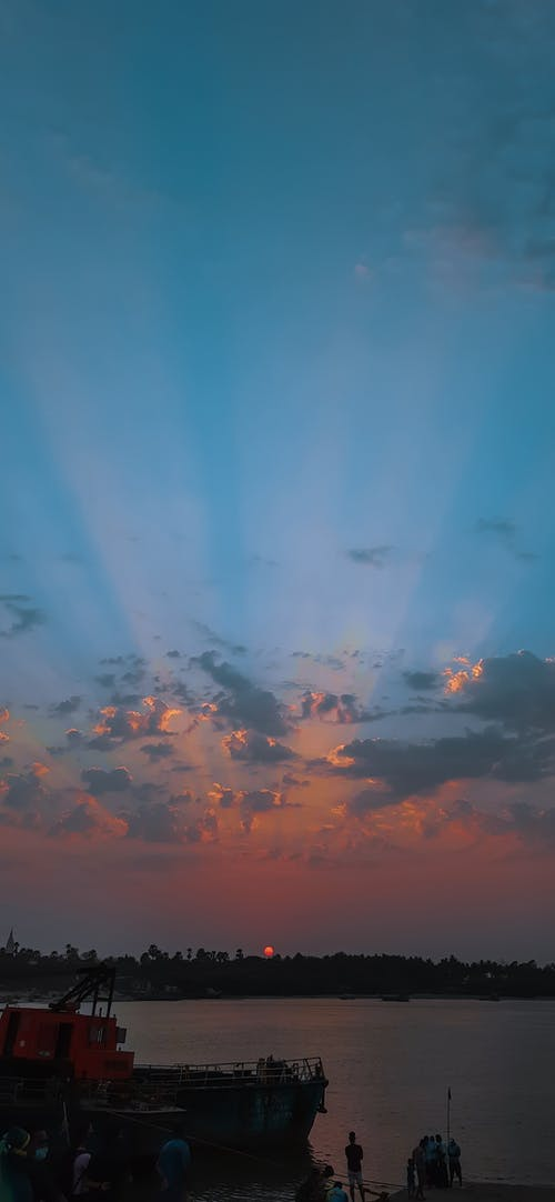 Δωρεάν στοκ φωτογραφιών με αντανάκλαση, απόγευμα, αυγή