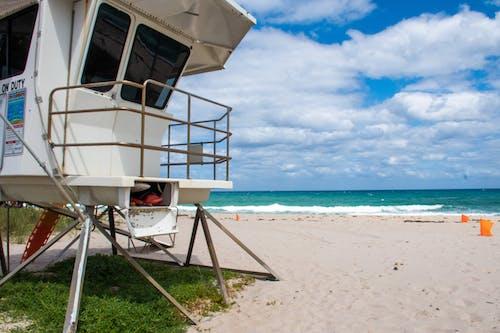 Photos gratuites de bord de mer, chaise, côte