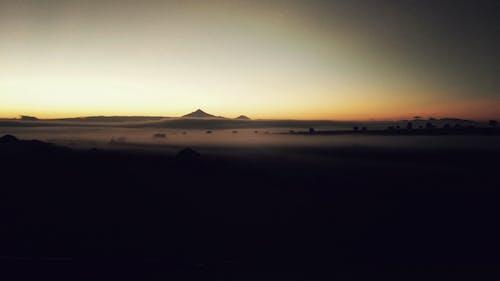 Immagine gratuita di alba, nebbia
