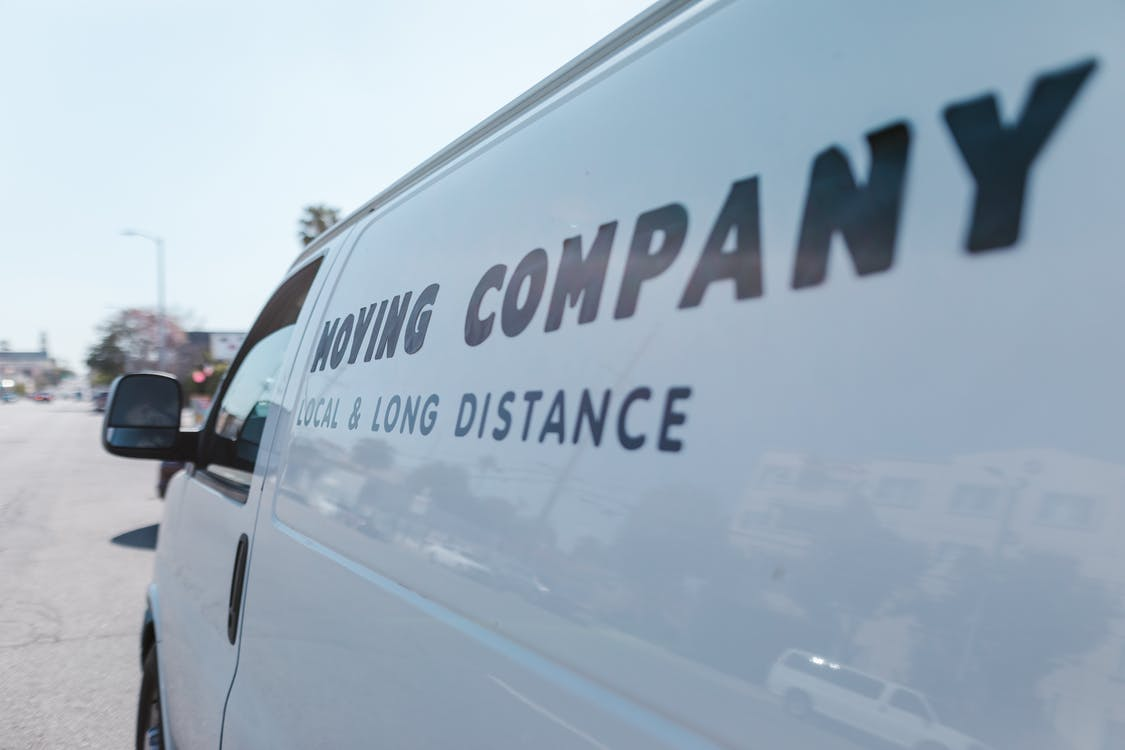 Los Angeles international movers for long distance move and storage services