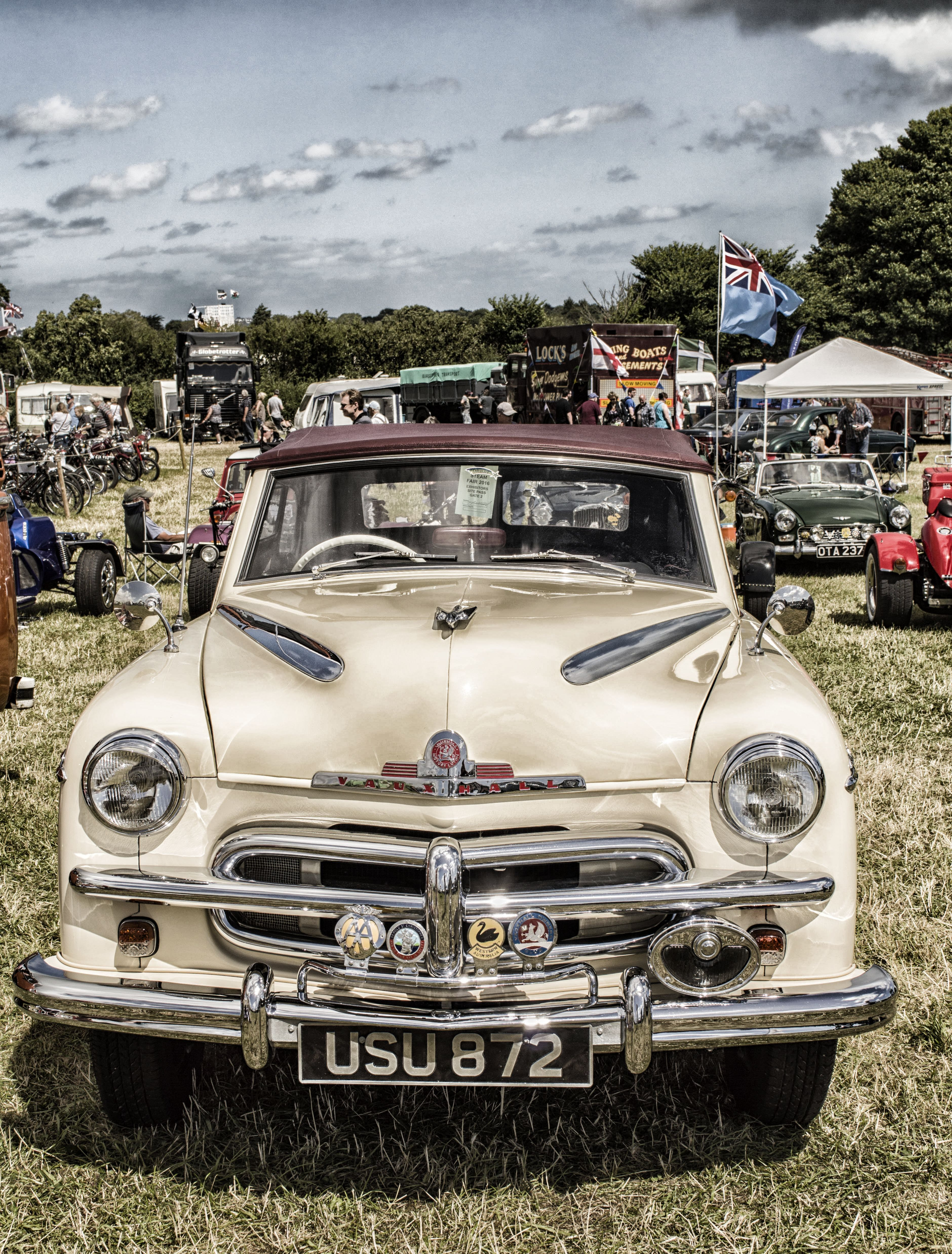 Free stock photo of car, classic, classic car, old vauxhall