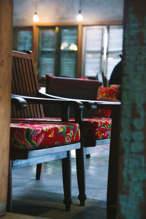 ビンテージ, 木製の椅子の無料の写真素材