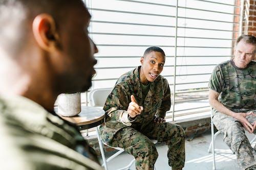 Photos gratuites de anciens combattants, armée américaine, communication