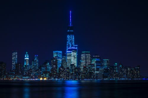 Bâtiments Avec Lumière Bleue