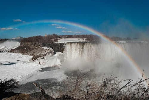 Безкоштовне стокове фото на тему «Веселка, вода, водоспади, гора»
