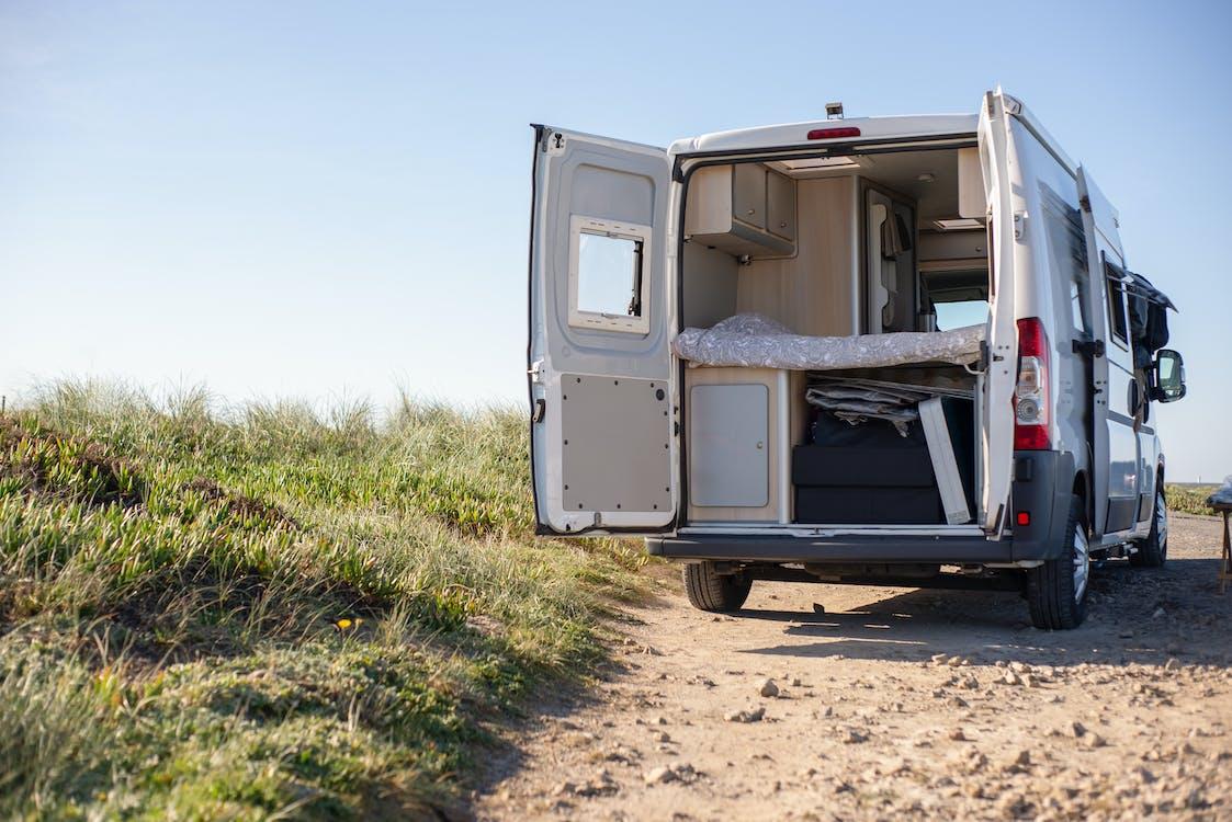 Gratis stockfoto met aanhangwagen, achtergelaten, auto