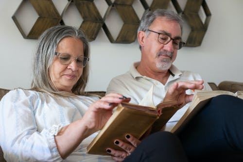 คลังภาพถ่ายฟรี ของ คู่สามีภรรยาสูงอายุ, ด้วยกัน, ที่บ้าน