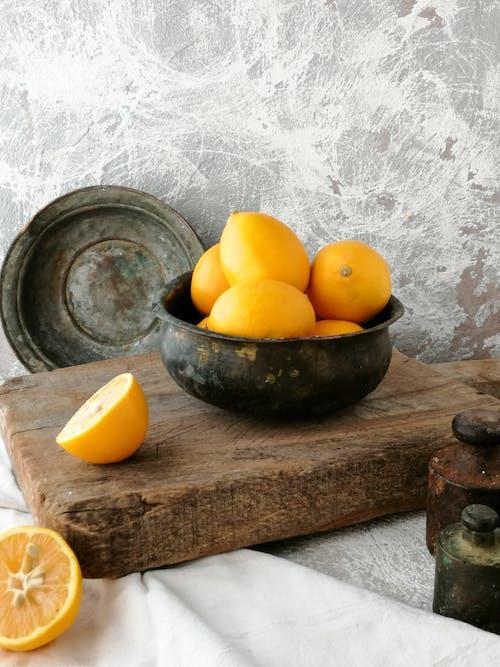 Lemons in the Bowl