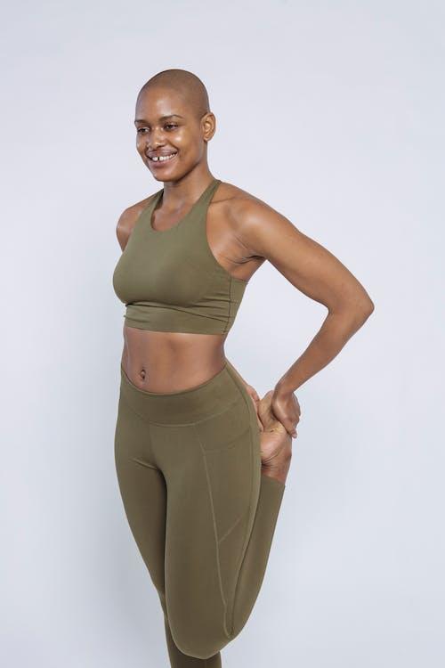 Immagine gratuita di abbigliamento sportivo, activewear, adatto