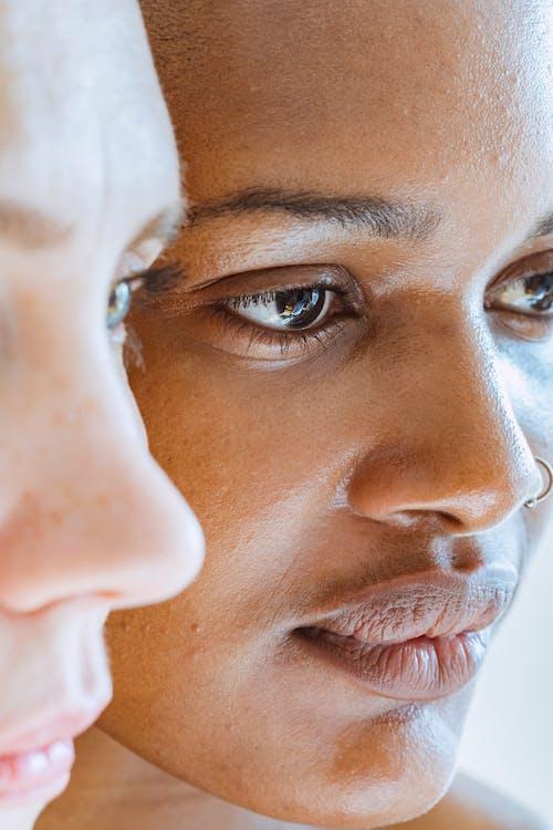 Gratis stockfoto met aanraken, aanvaarden, Afro-Amerikaanse vrouw