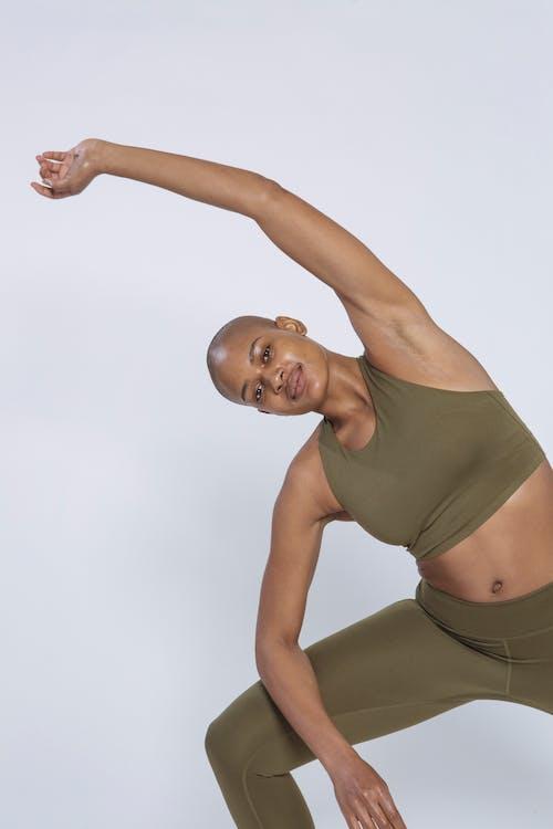 Безкоштовне стокове фото на тему «активний одяг, асана, афроамериканський»