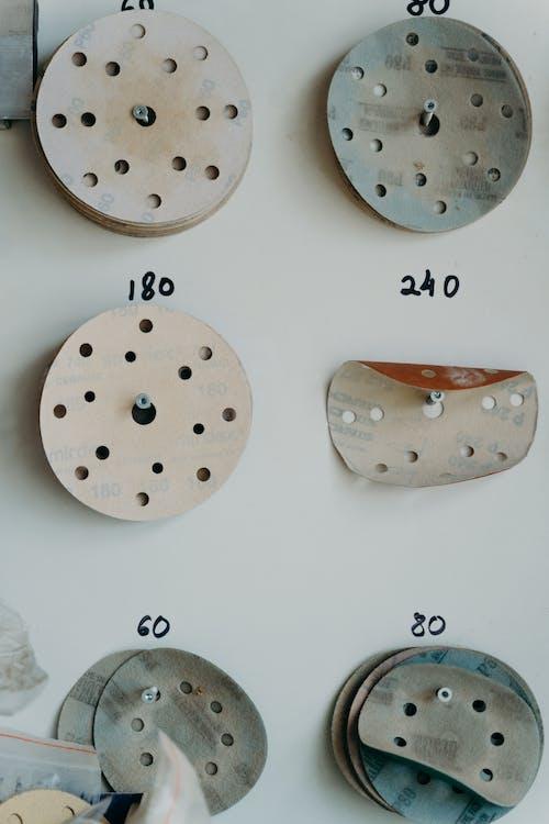 Various grits of sandpaper