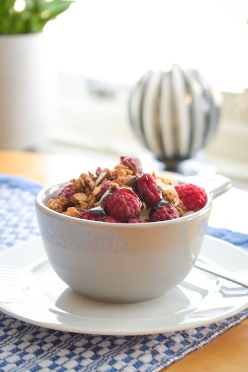 Free stock photo of breakfast bowl, granola, healthy breakfast