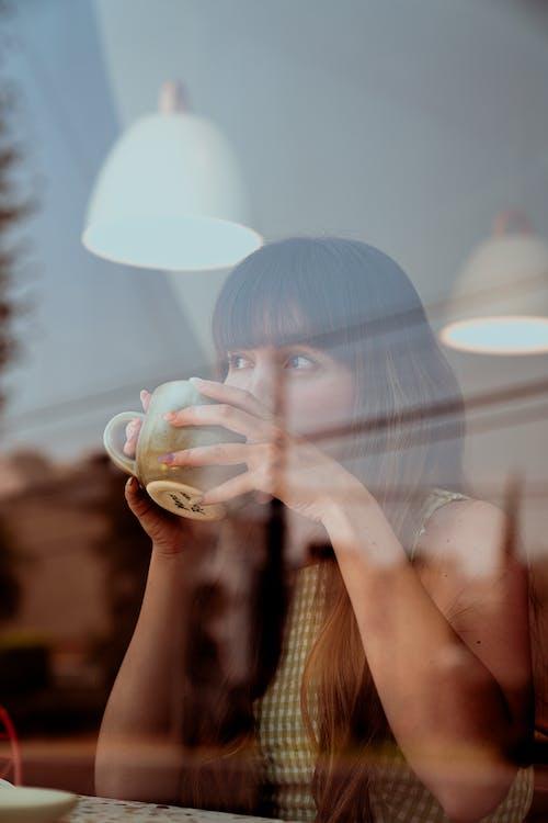 Kostenloses Stock Foto zu café, cafeteria, denken