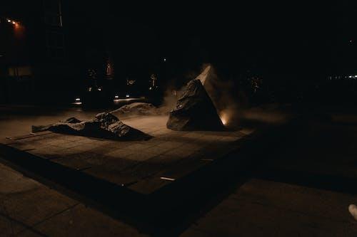 Foto d'estoc gratuïta de barri xinès, boira, estàtua, foscor