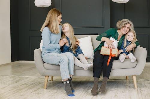 Gratis lagerfoto af barn, blond, familie