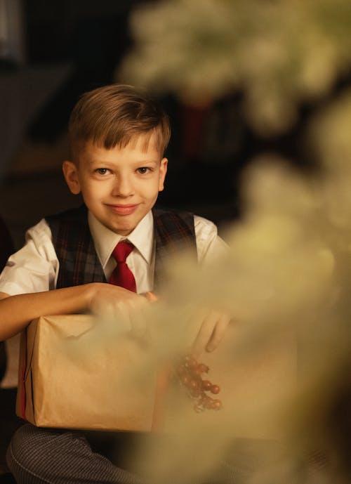 Kostenloses Stock Foto zu bräutigam, draußen, drinnen