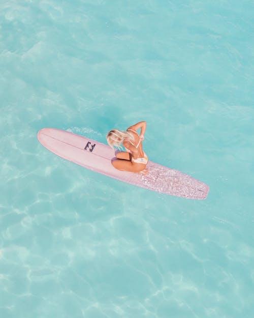 Kostenloses Stock Foto zu bikini, drohne erschossen, erholung