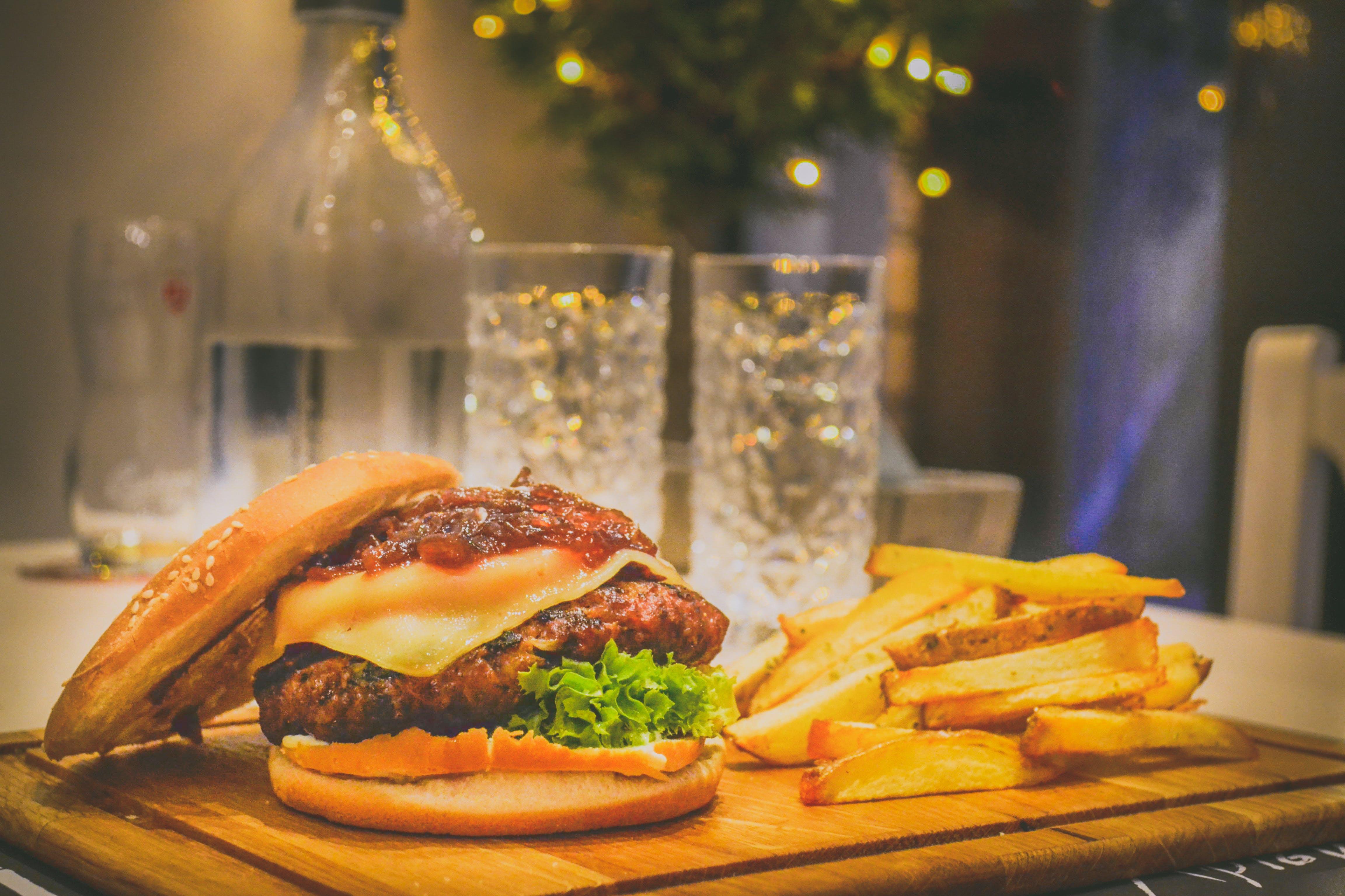 三明治, 乳製品, 乳酪, 乳酪漢堡 的 免费素材照片