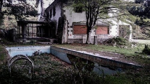 Photo of a Dilapidated Swimming Pool