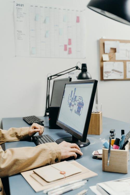 Základová fotografie zdarma na téma displej, dokumenty, kancelářské vybavení