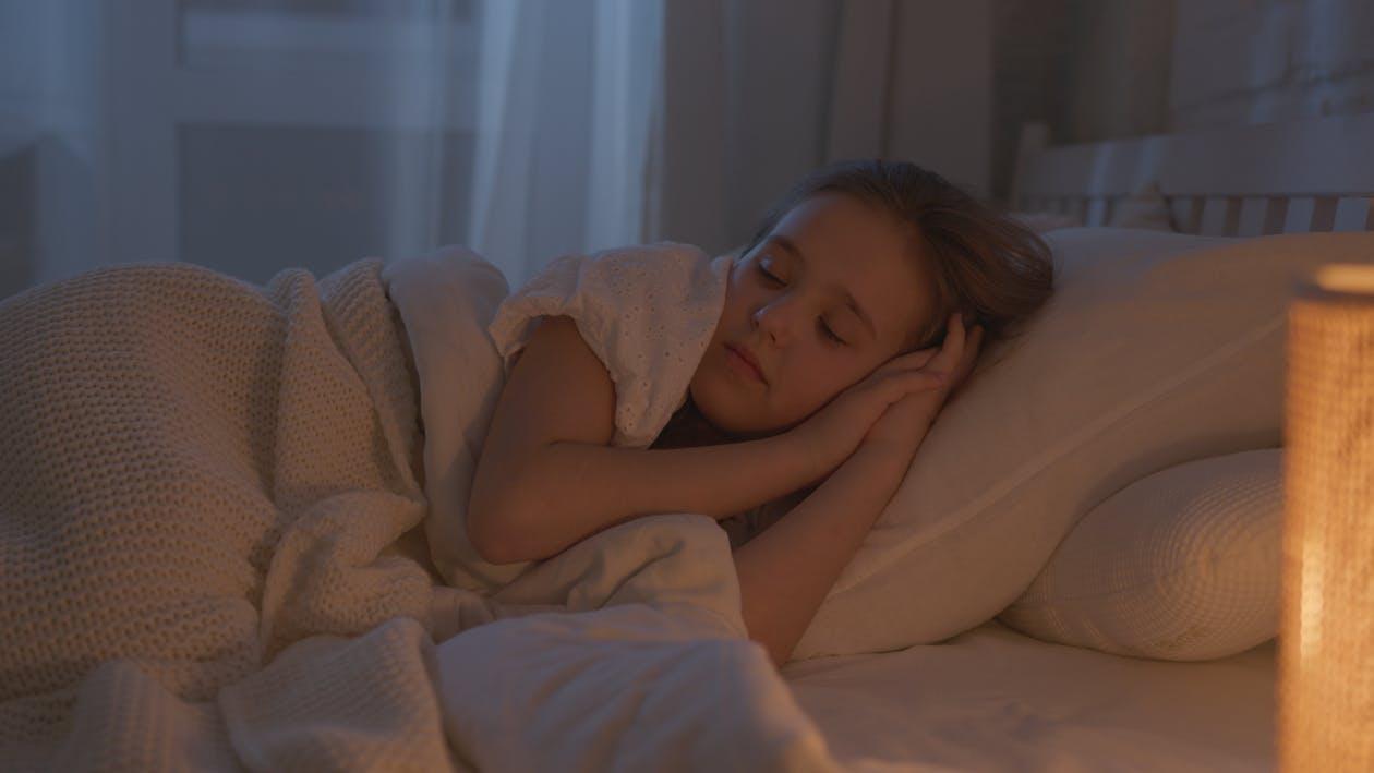 Бесплатное стоковое фото с время отхода ко сну, детство, кавказский