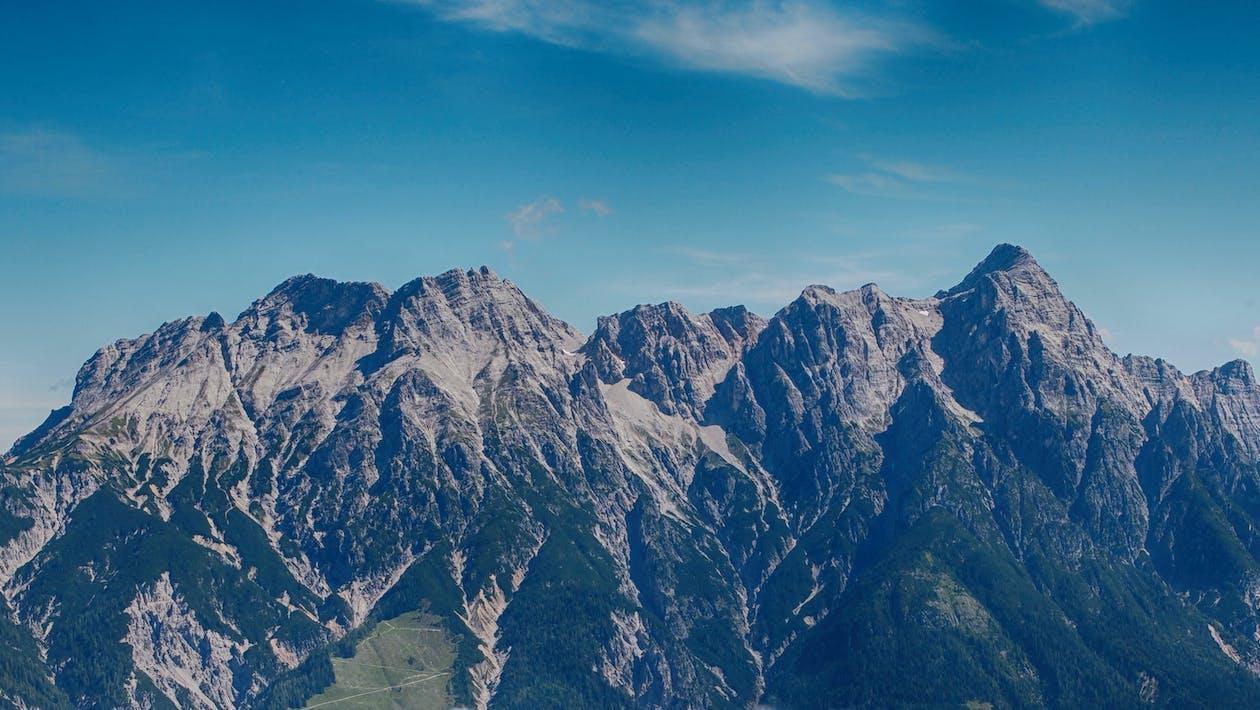 bergen, bergtop, blauwe lucht