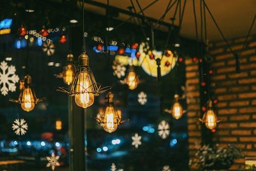 Ảnh lưu trữ miễn phí về ánh sáng, bóng đèn, chiếu sáng, cửa kính