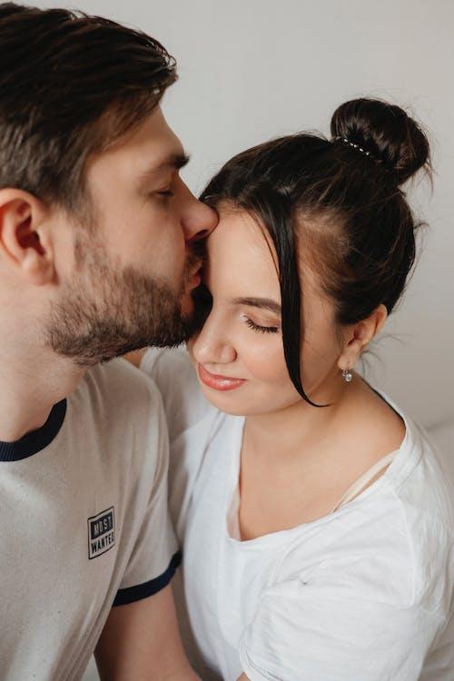Immagine gratuita di a casa, resta a casa, abbraccio, affetto