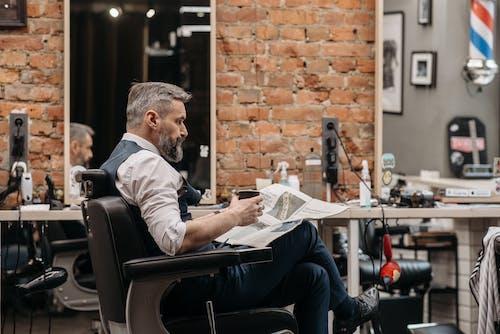 Fotos de stock gratuitas de adentro, barba, barbería