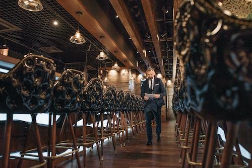 Darmowe zdjęcie z galerii z bar, biznes, biznesmen