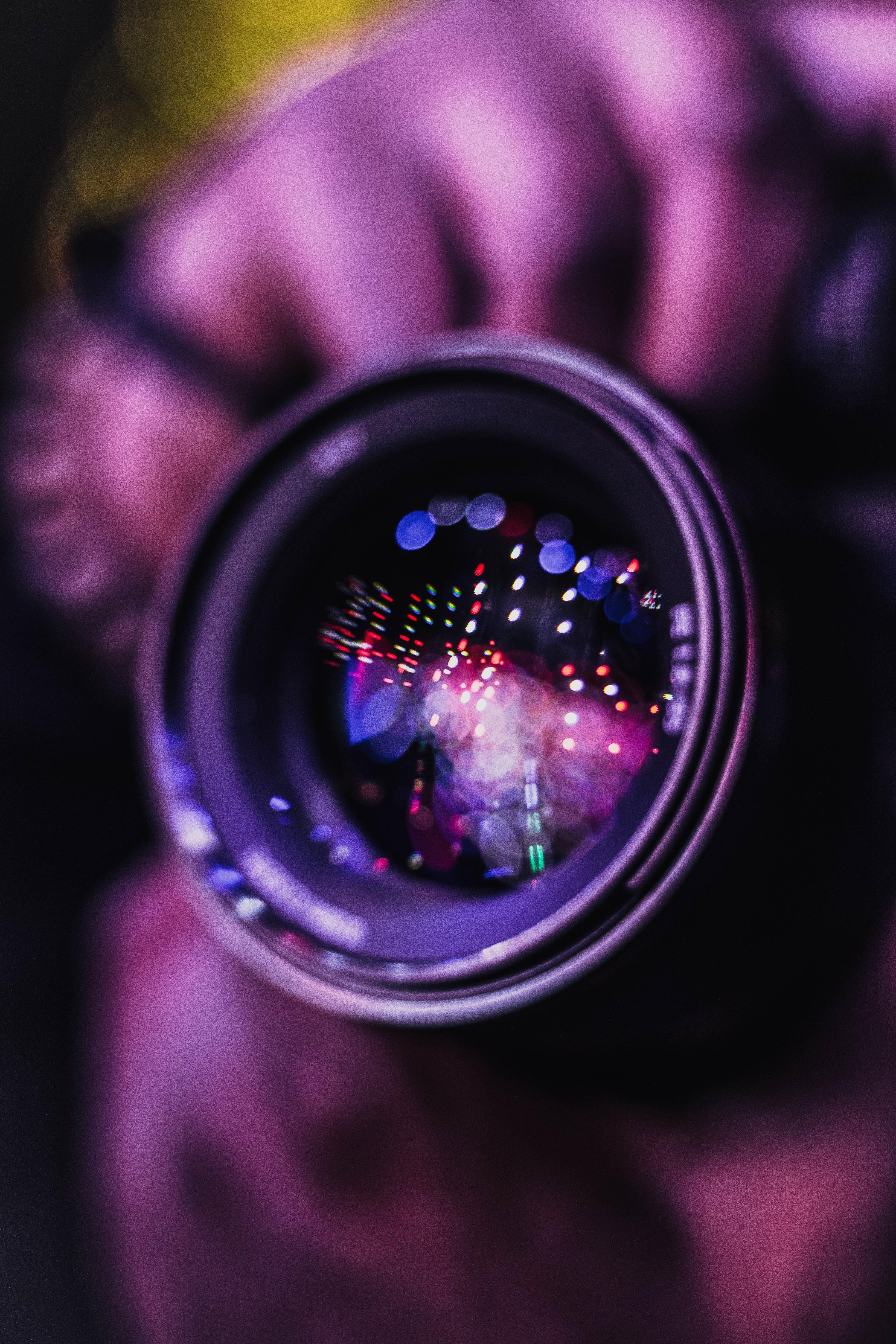 Foto profissional grátis de aproximação, borrão, câmera, concentração