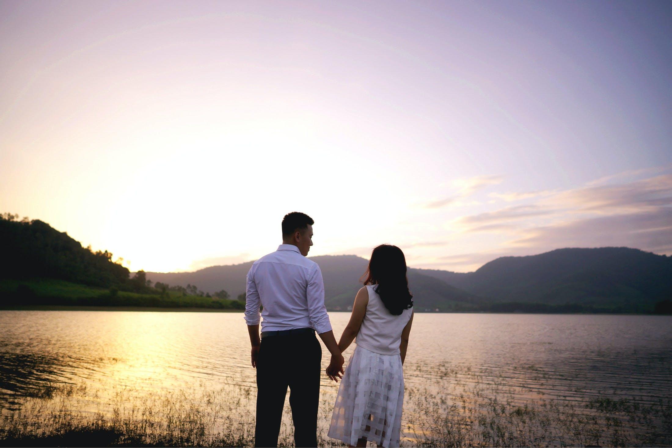 Free stock photo of sunset, couple, romantic, sunrise