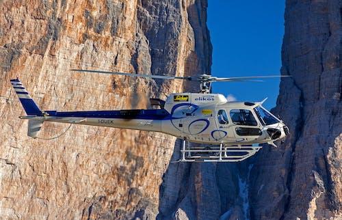 Foto profissional grátis de aeronave, alto, ameaça, ao ar livre