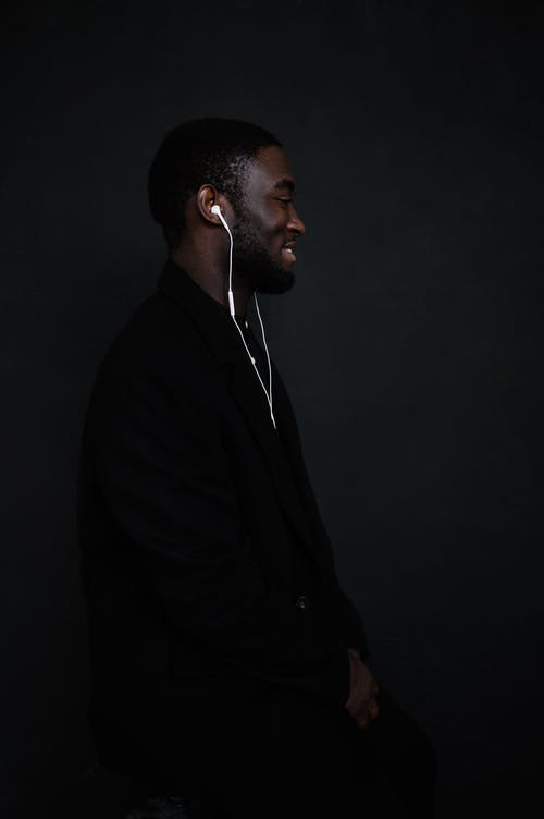 Kostenloses Stock Foto zu afroamerikaner, afroamerikanischer mann, angenehm