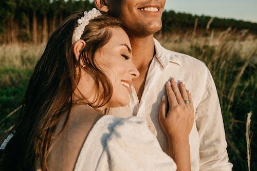 Photos gratuites de affection, amour, coucher de soleil