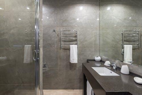 Kostenloses Stock Foto zu aufgeräumt, bad, badezimmer