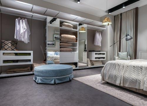 Fotos de stock gratuitas de alfombra, almohada, alojamiento