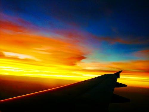 Ingyenes stockfotó drámai ég, esti ég, piros ég, repülőgép témában