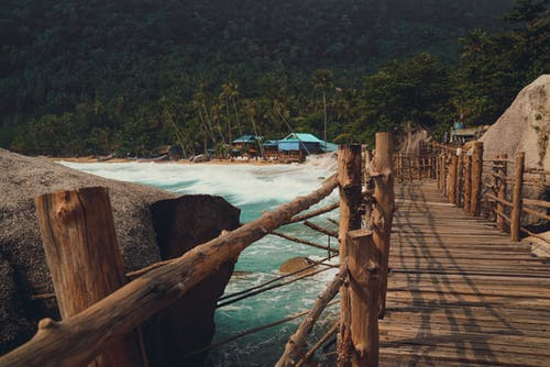 Gratis lagerfoto af anløbsbro, Asien, bølger, bro