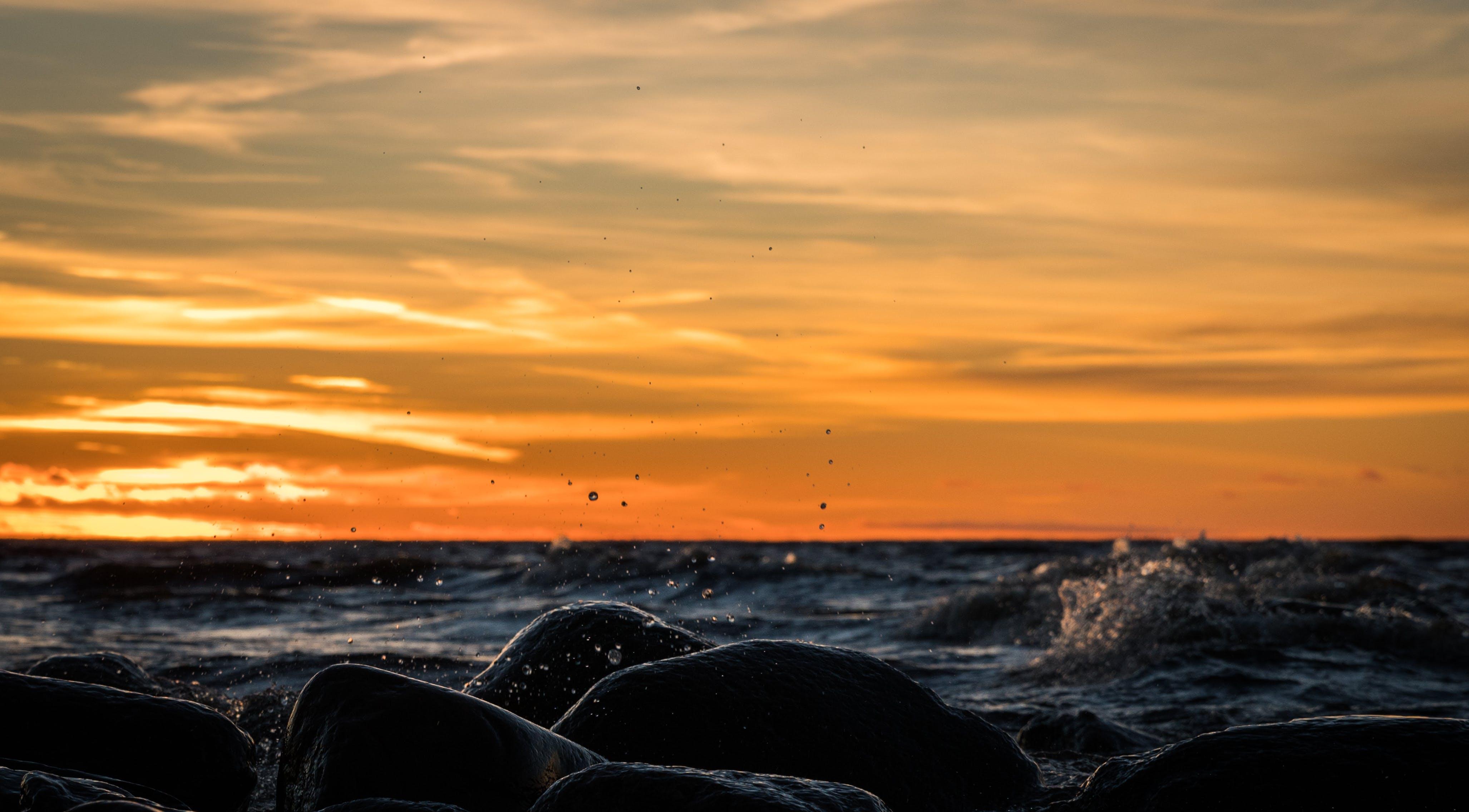 Gratis lagerfoto af aften, bølger, hav, havudsigt