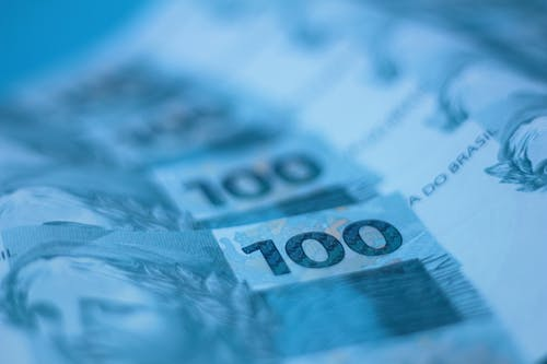 Paper Money in Tilt Shift Lens